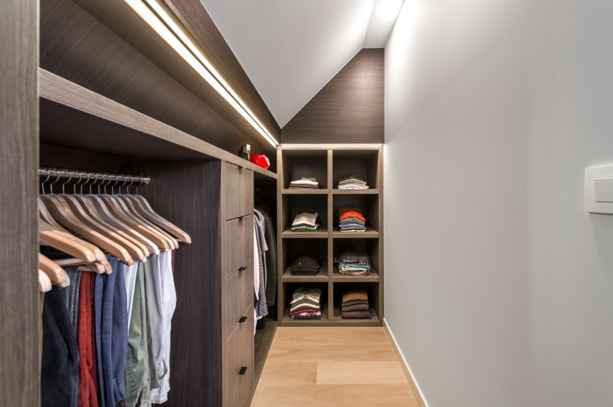 Custom made dressing room design - Lefèvre Interiors Belgium